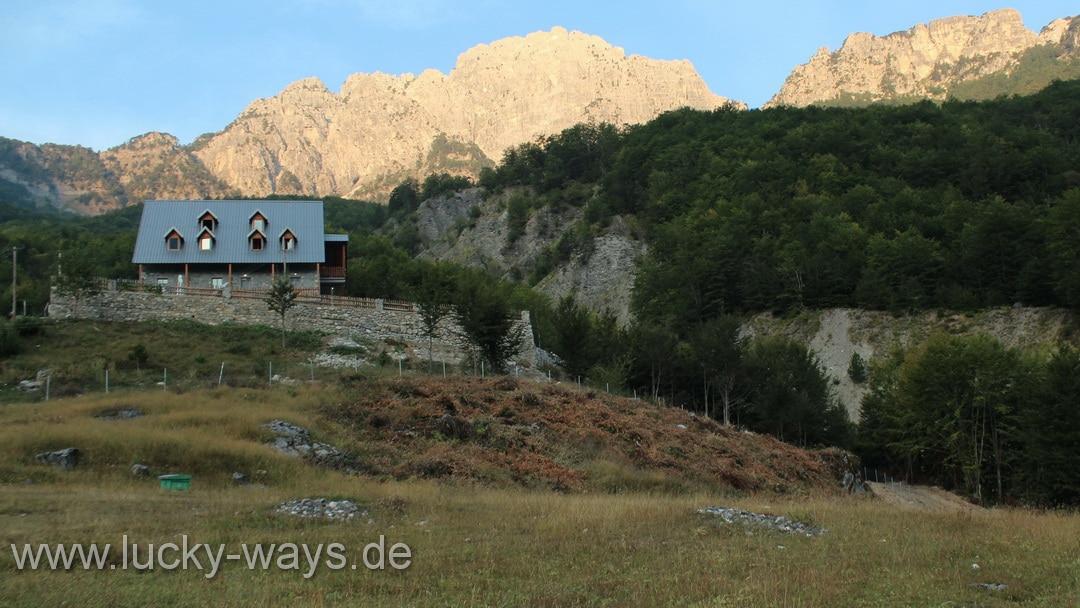 Albanien Theth Guesthouse Villi