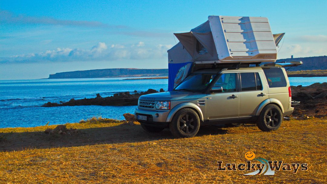 Italien Sizilien San Vito Lo Capo Baia Santa Margherita Landrover Discovery 4 mit Dachzelt Autocamp Lucky Ways wild campen