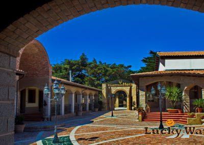 Italien Kalabrien Agriturismo Crotone Il convivio di Hera Blick auf Hof und Eingang